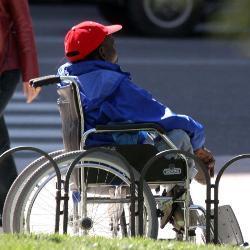 Sólo el 12% de empresas extremeñas reserva en su plantilla la cuota para personas con discapacidad