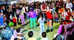 La cita intergeneracional reunió en Cáceres a tres mil familias con motivo del Día de los Derechos de los Niños