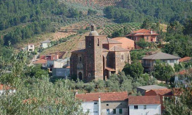 El cazador fallecido en Las Hurdes fue despedido ayer en Cambroncino en un multitudinario funeral