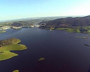 La reserva hidráulica aumenta un 0,2 por ciento, alcanzando el 44 por ciento de su capacidad