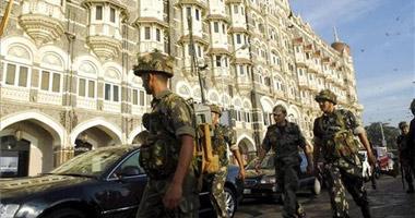 Un joven placentino de 27 años está en Bombay a la espera de que lo custodien para salir del país