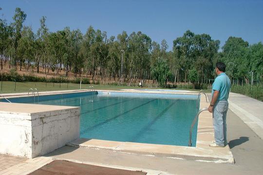 Las piscinas públicas de 43 municipios de la provincia de Cáceres se arreglarán con un millón de euros