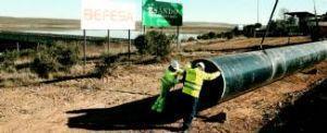 Comienzan las obras de conducción de agua desde Portaje un año después de la ´foto de la primera piedra´