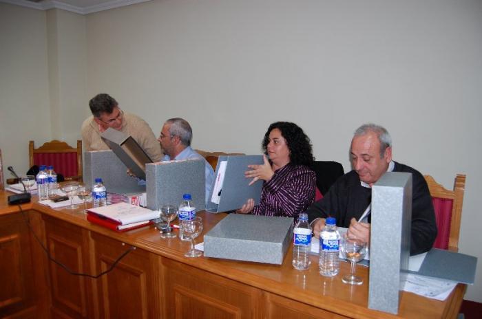 Moraleja aprueba la segregación de Vegaviana y la construcción de  un nuevo puente en la Rivera de Gata