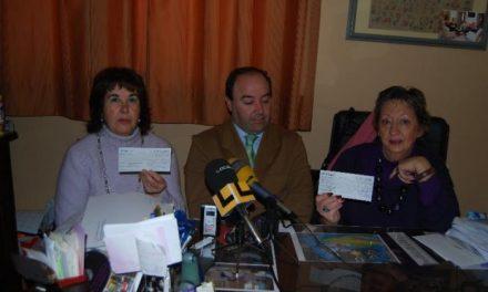La Caixa otorga 800 euros para ayudar con cenas y lotes navideños a las familias desfavorecidas de Trujillo