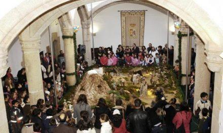 La Dipútación Provincial de Cáceres inaugura el Belén con la participación de más de 100 niños