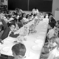 El nuevo servicio de comedor escolar recibe un total de 174 solicitudes de los padres en Almendralejo