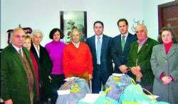 Cáritas de Almendralejo recibe una subvencion de 1.500 euros de La Caixa para sus actividades