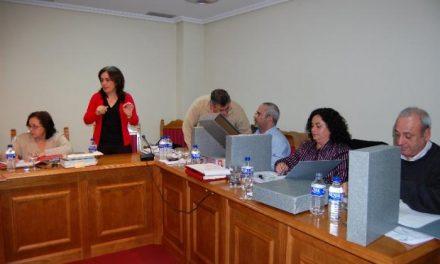 Una comisión de Gobierno municipal enfrenta de nuevo a PP y PSOE en el Ayuntamiento de Moraleja