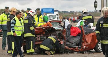 Un niño de 11 años y su padre de 50, fallecen en un accidente esta mañana de tráfico a la salida de Badajoz