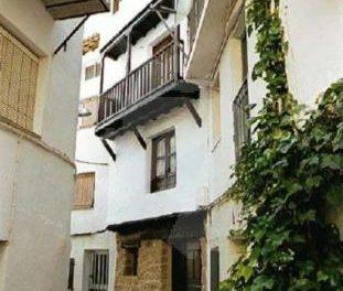 El Ayuntamiento de Casas de Castañar ordena el derribo de 30 construcciones ilegales en el término municipal