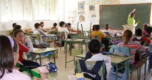 Extremadura, entre las regiones que más ha reducido su tasa de abandono escolar