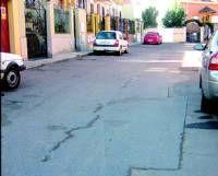El Ayuntamiento de Almendralejo comienza hoy una campaña de asfaltado en catorce calles de la ciudad