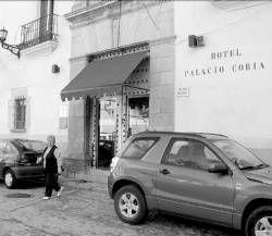 El alcalde de Coria desvela que el proyecto del hotel Palacio Episcopal no incluía obras ya ejecutadas