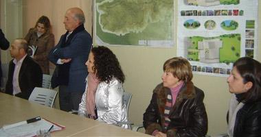 La consejera de Igualdad, Pilar Lucio, conoce el desarrollo del proyecto Isla de Valdecañas