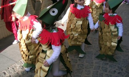 Katia Bravo ha sido elegida reina del carnaval 2009 en la localidad cacereña de Navalmoral de la Mata