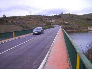 Los vecinos de la comarca de Las Hurdes denuncian el mal estado de la carretera dirección Plasencia