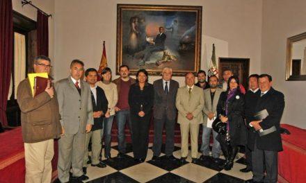 Una delegación de dirigentes y técnicos chilenos conocen el proyecto de la capitalidad cultural en Cáceres