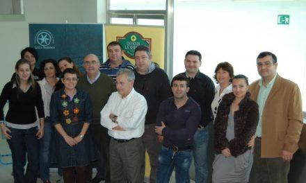 Profesionales de Alicante se interesan por las denominaciones Gata-Hurdes y Queso de la Serena