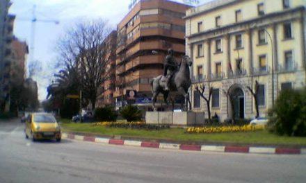 Cáceres 2016 inicia el proceso para reabrir los primeros 16 locales cerrados del centro