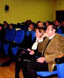 Almendralejo acoge el primer encuentro de comerciantes de la región en el que se dieron cita 32 asociaciones