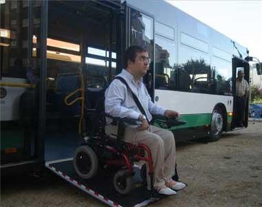 Un total de 20 autobuses accesibles se incorporará a las líneas de autobuses urbanos de Extremadura