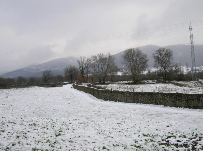 El 112 decreta la alerta por nieve en la zona norte de Cáceres, en Montánchez y en Las Villuercas