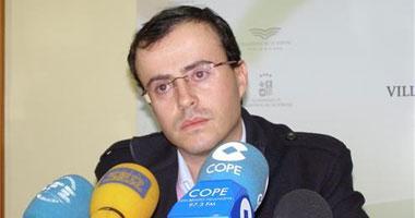 Miguel Ángel Gallardo asegura que no dimitirá porque no es responsable de lo que haga su mujer