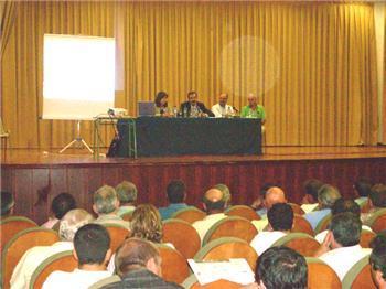 Los ganaderos afectados por la lengua azul plantean sus dudas y demandas a la Junta de Extremadura