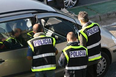 Dos atracadores disparan a los empleados de una gasolinera de Badajoz y les roban la recaudación