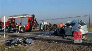 Un muerto y dos heridos es el balance de una colisión de dos turismos que tuvo lugar ayer cerca de La Albuera