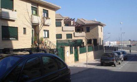Unas 22 familias cacereñas temen quedarse sin sus viviendas de protección oficial en Montesol