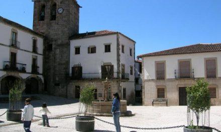 Los vecinos de San Martín de Trevejo se comunican con la provincia de Salamanca a través de la carretera CC-1.2