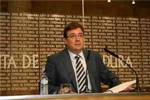 Fernández Vara no se opondrá si Ibarra quiere seguir como secretario regional del PSOE