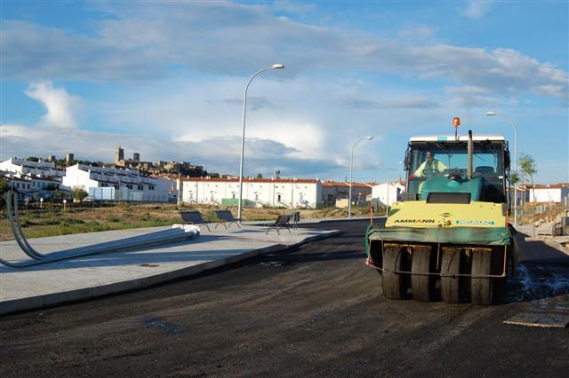 Iberdrola desbloquea al retirar un tendido la construcción de 147 viviendas sociales en Trujillo