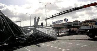 Rachas de viento de hasta 90 km/h causan destrozos en la comunidad autónoma de Extremadura