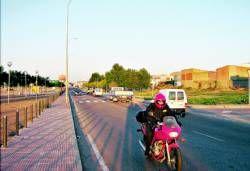 La Policía local de Almendralejo detiene a un joven por exceso de velocidad y a otro por grabarlo