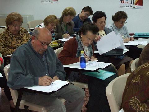 La Escuela Permanente de Consumo de Casar de Cáceres presenta su programa de actividades