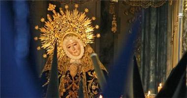 Las cofradías de Badajoz sustituyen las vallas por sillas para presenciar las procesiones de Semana Santa