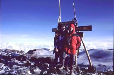 El alpinista  Francisco Briongos escalará las siete cumbres más altas que hay en el mundo