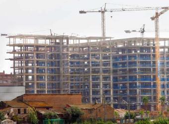 Fomento adjudica las obras de construcción de doce viviendas de promoción pública en Moraleja