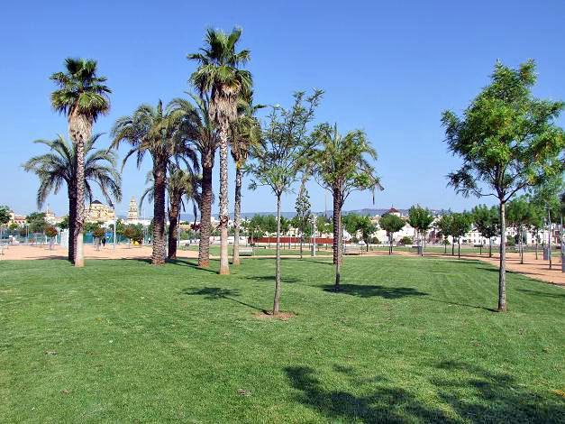 El parque de Fratres de la ciudad de Cáceres lleva tres meses cerrado tras actos de vandalismo