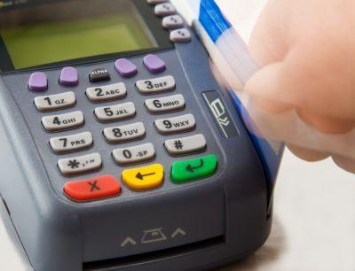 Unas trescientas tiendas de la zona de Santa Marina de Badajoz funcionarán con la tarjeta TCB