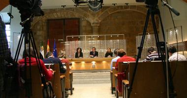 El Presidente de la Junta de Extremadura no acepta las condiciones del PP para aprobar el Estatuto