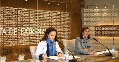 La Junta subvencionará con 3.000 € las transformaciones de contratos temporales en indefinidos