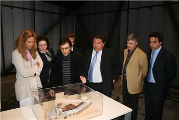 La consejera de Cultura inaugura el Museo de las Ciencias del Vino en Almendralejo