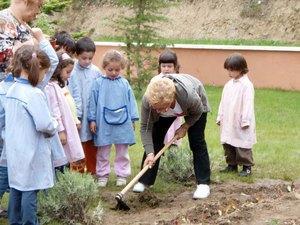 El Ayuntamiento de Plasencia promueve la instalación de huertos ecológicos en los colegios
