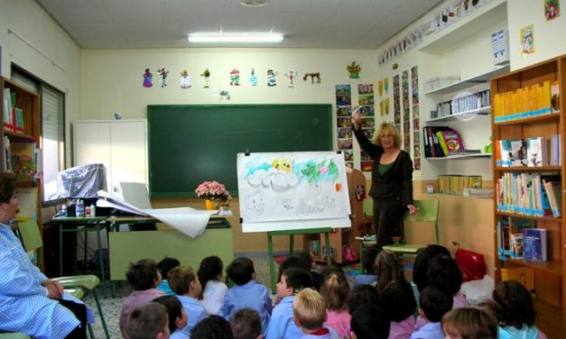 """El director de Política Educativa aboga por """"cambiar las formas"""" para mejorar los resultados"""