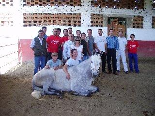El Centro de Formación del Medio Rural de Moraleja clausura el primer curso de herraje de caballos