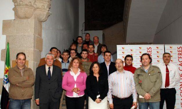 La Diputación de Cáceres homenajea a los cocineros participantes del Festival Gastronómico de Sevilla